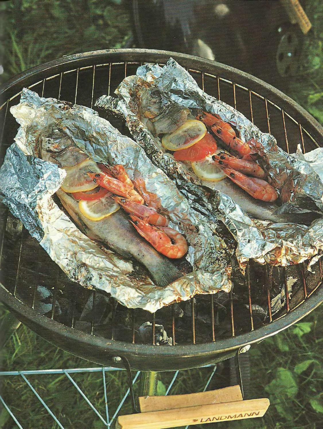 Рыба на углях в фольге на углях рецепт с пошагово