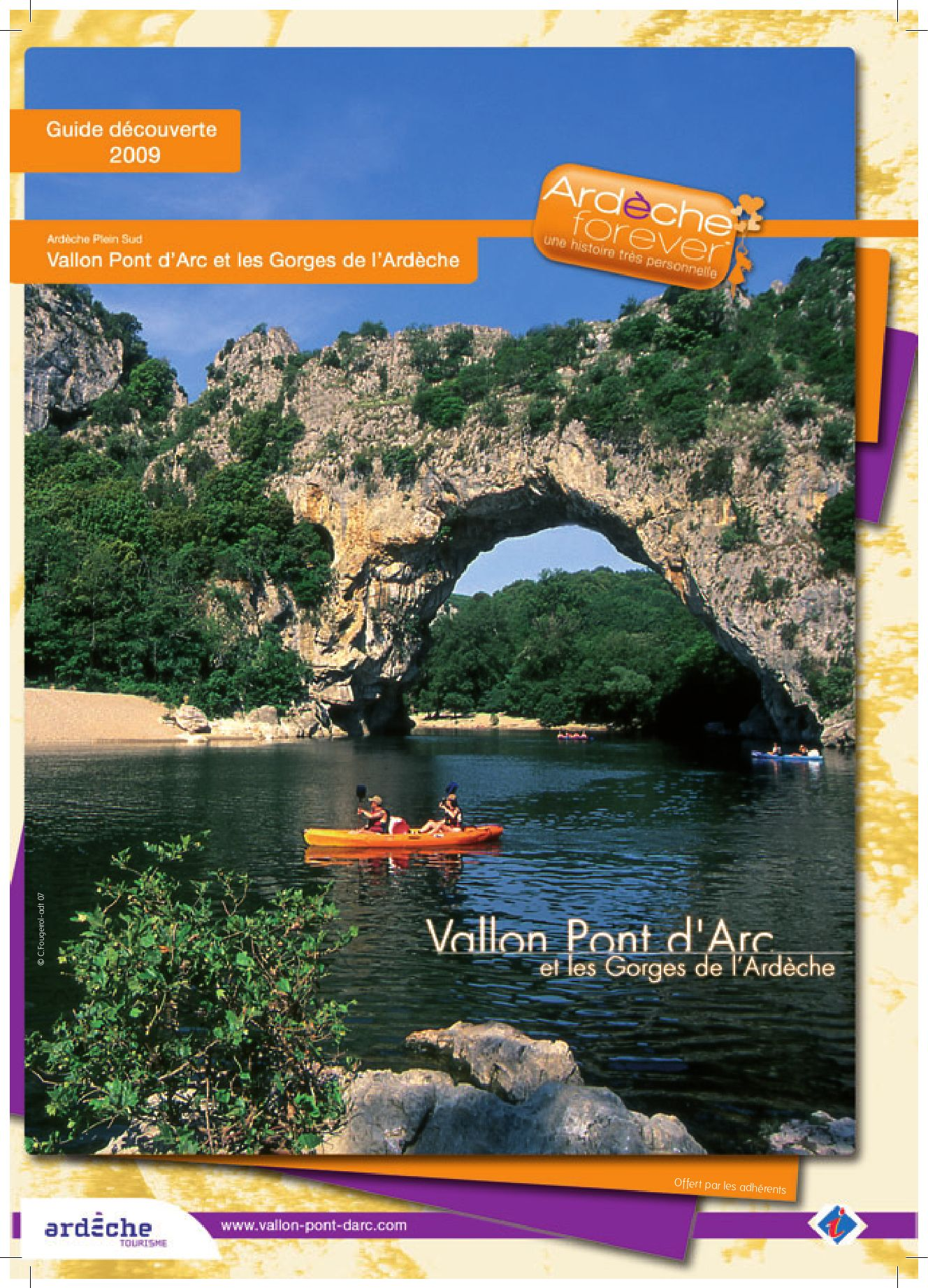 Guide découverte 2009 Vallon Pont d Arc by Sam Hickmann issuu