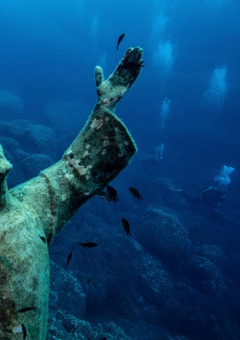Page 89 of Immersione Italiana – Spectacular Dives in Italy